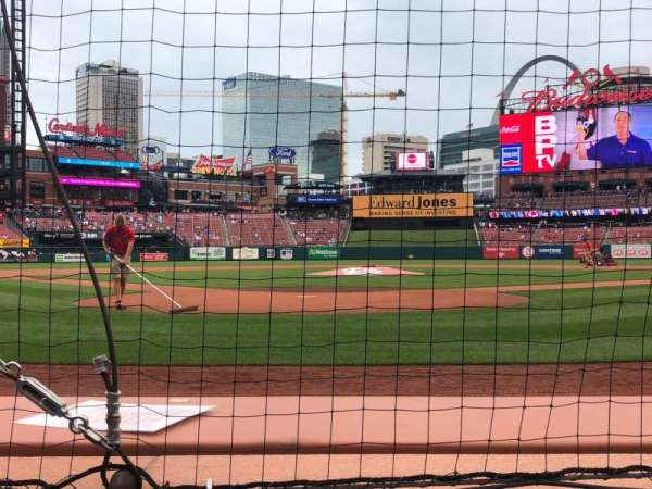 Busch Stadium, section: 4, row: B, seat: 6