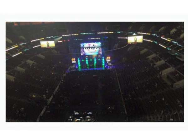 Wells Fargo Center, section: Floor 4, row: 1, seat: 5
