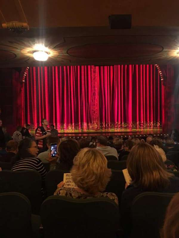 Shubert Theatre, section: Orchestra C, row: R, seat: 109