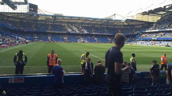 Stamford Bridge, section: Shed End Lower 6, row: 10, seat: 162/163