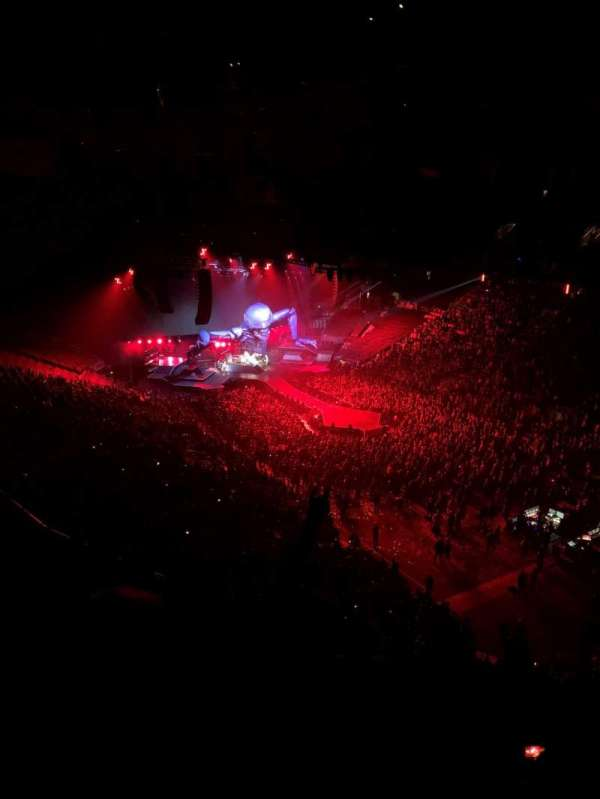 Scotiabank Arena, section: 306, row: 11, seat: 4