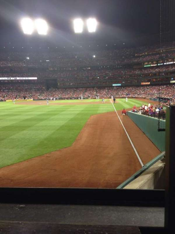 Busch Stadium, section: 170, row: 1, seat: 4