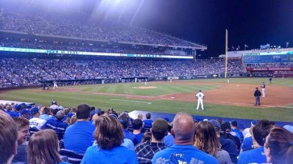 Kauffman Stadium, section: 138, row: l, seat: 5