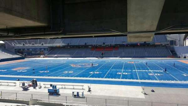 Albertsons Stadium, section: 22, row: W, seat: 6