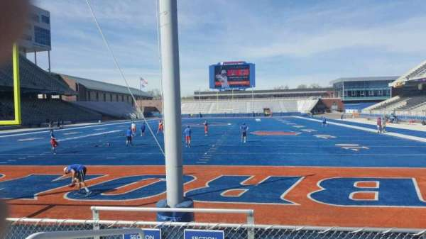 Albertsons Stadium, section: 32, row: E, seat: 33
