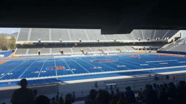 Albertsons Stadium, section: 9, row: V, seat: 33