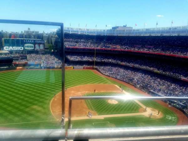 Yankee Stadium, section: 425, row: 1, seat: 24