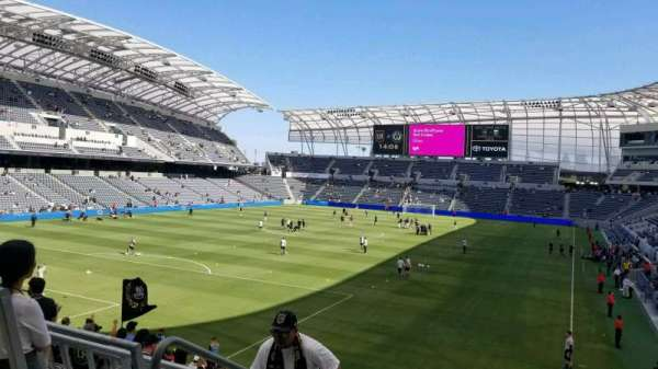 Banc of California Stadium, section: 101, row: R, seat: 35