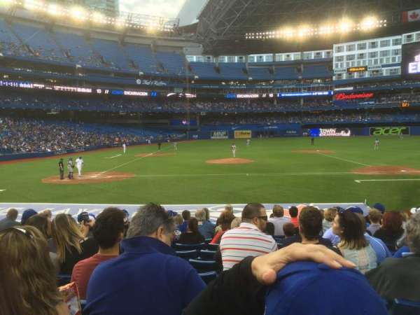 Rogers Centre, section: 118R, row: 18, seat: 7