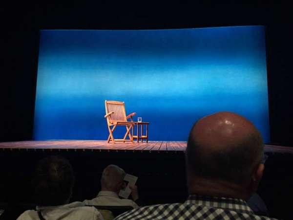 Minetta Lane Theatre, section: Orchestra, row: E, seat: 102