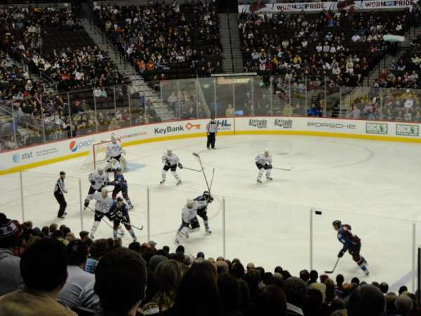 Pepsi Center, section: 124, row: 20, seat: 16