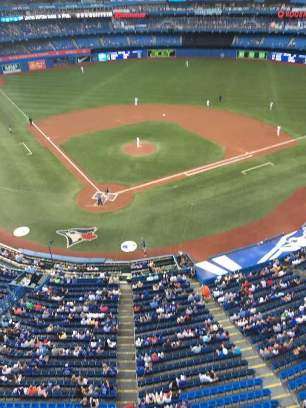 Rogers Centre, section: 523R, row: 1, seat: 3