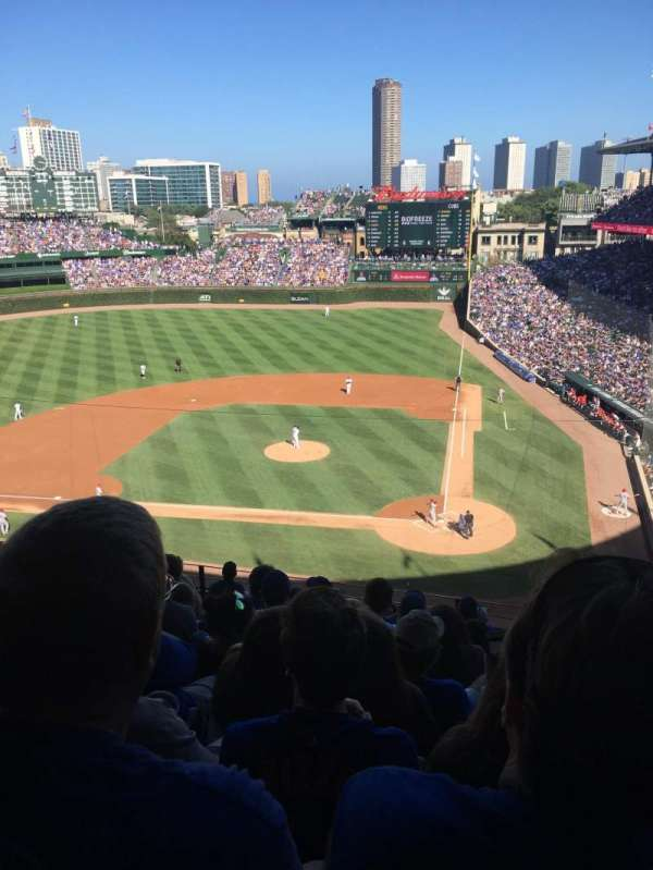 Wrigley Field, section: 417, row: 10, seat: 102