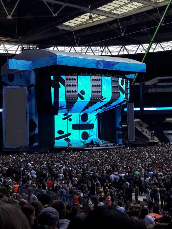 Wembley Stadium, section: 121, row: 25, seat: 281