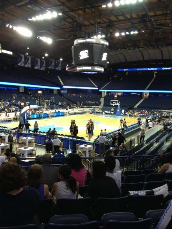 Allstate Arena, section: 105, row: L, seat: 20