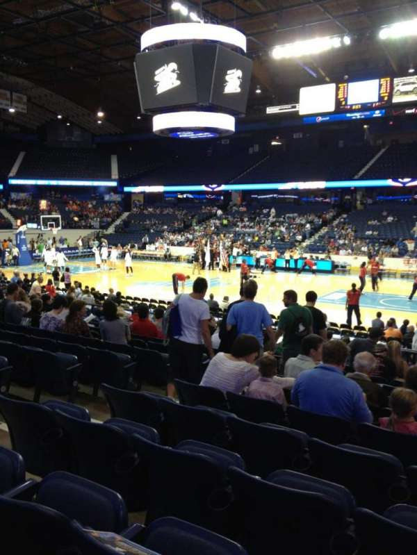 Allstate Arena, section: 101, row: L, seat: 19