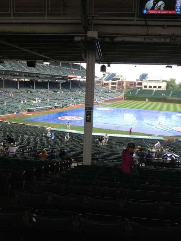 Wrigley Field, section: 225, row: 18, seat: 3