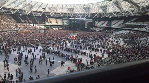 London Stadium, section: 256, row: 41, seat: 666
