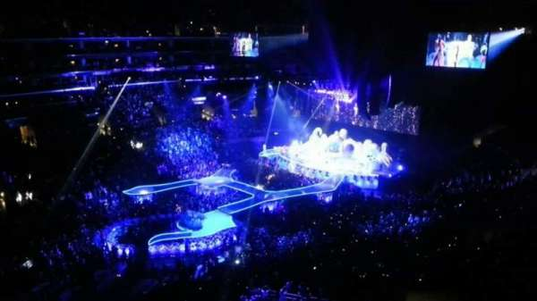 Staples Center, section: 303, row: 1, seat: 14