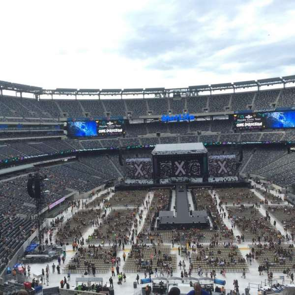 MetLife Stadium, section: 226, row: 5 , seat: 14