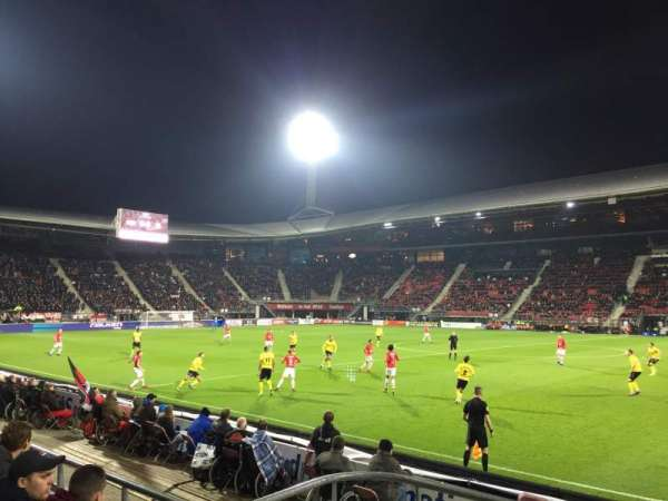 AFAS Stadion, section: O, row: 4, seat: 28