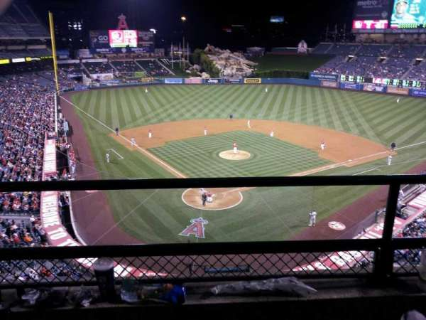 Angel Stadium, section: 420, row: B, seat: 3