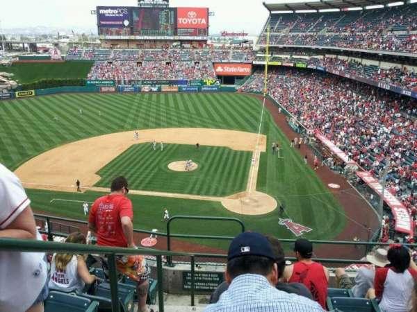 Angel Stadium, section: 415, row: F, seat: 1