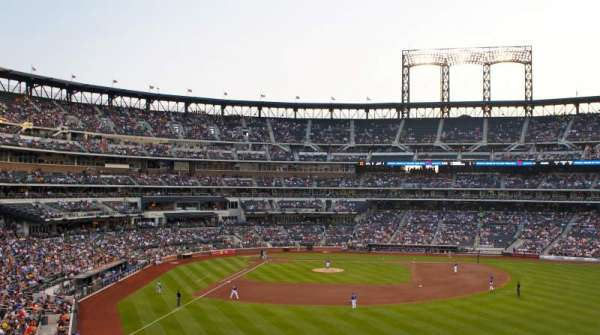 Citi Field, section: 301, row: 1
