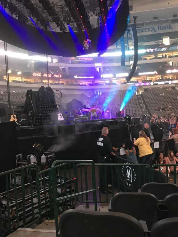 American Airlines Center, section: 121, row: D, seat: 7