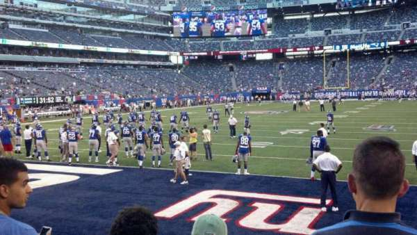 MetLife Stadium, section: 123, row: 4, seat: 10