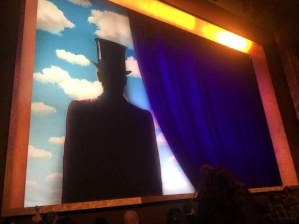 Lunt-Fontanne Theatre, section: Orchestra L, row: J, seat: 9
