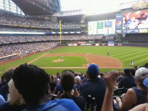 Miller Park, section: 213, row: 13, seat: 7