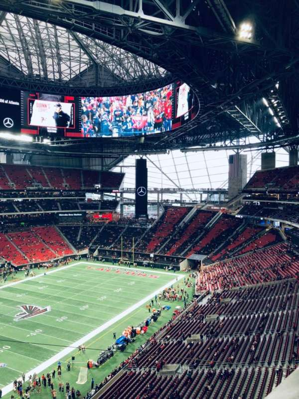 Mercedes-Benz Stadium, section: 117, row: 1, seat: 12