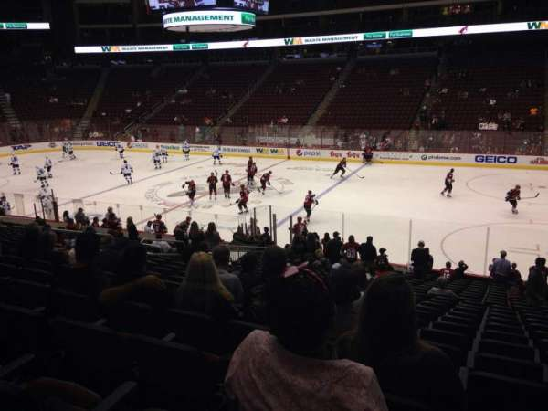 Gila River Arena, section: 121, row: T, seat: 5
