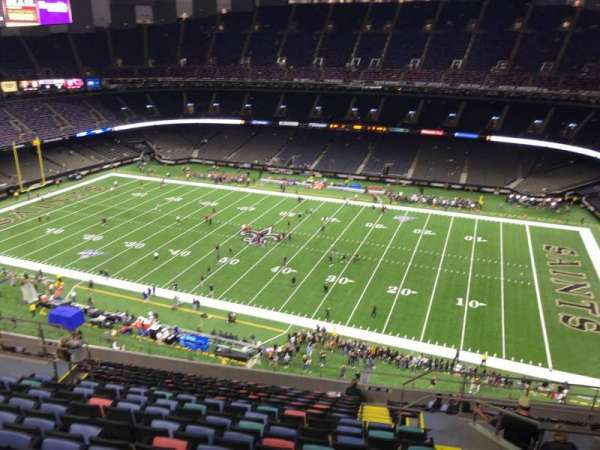 Caesars Superdome, section: 637, row: 17, seat: 8