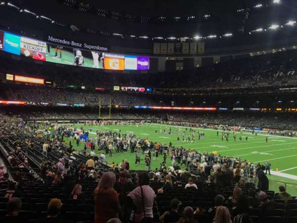 Mercedes-Benz Superdome, section: 135, row: 27, seat: 13