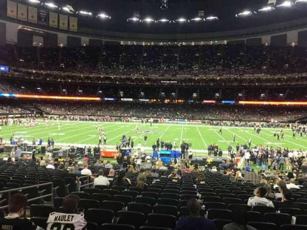 Mercedes-Benz Superdome, section: 141, row: 27, seat: 17