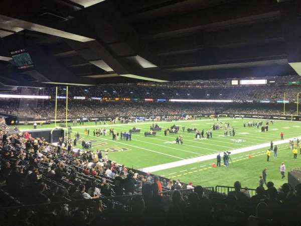 Mercedes-Benz Superdome, section: 122, row: 33, seat: 10