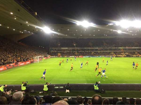 Molineux Stadium, section: JL9, row: M, seat: 235