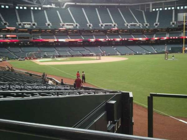 Chase Field, section: 108, row: 25 , seat: 9