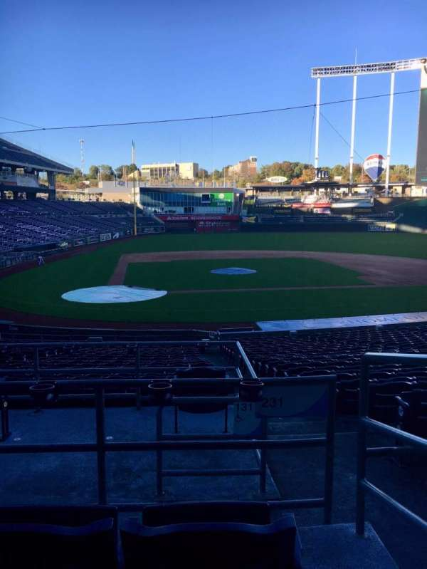 Kauffman Stadium, section: 231, row: CC, seat: 10