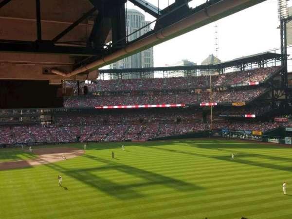 Busch Stadium, section: RJ1, row: C, seat: 1