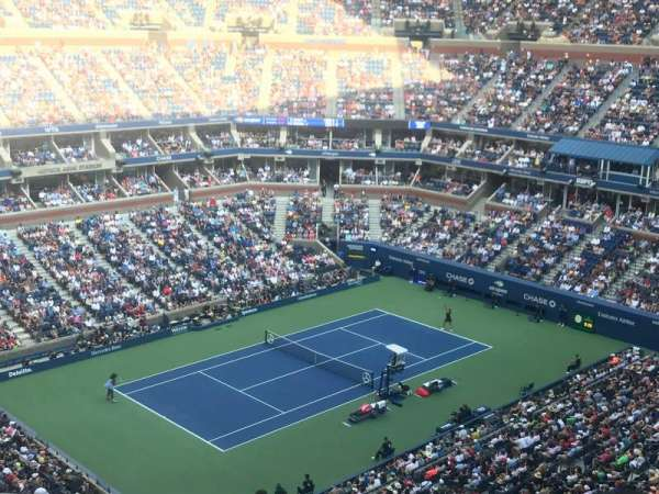 Arthur Ashe Stadium, section: 326, row: C, seat: 9