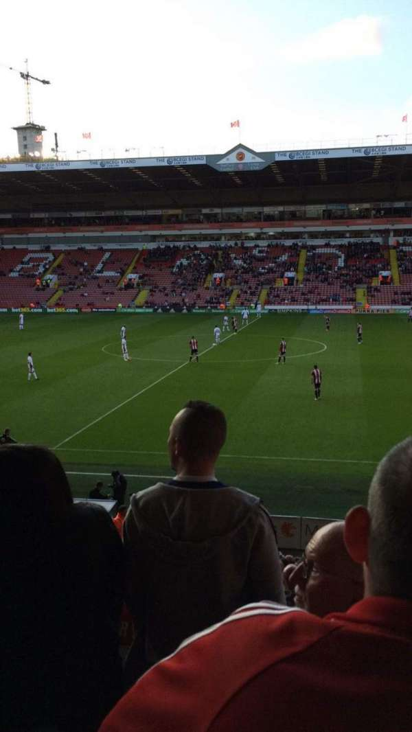 Bramall Lane, section: South Stand Gangway D, row: T, seat: 79