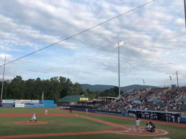 Dutchess Stadium, section: 109, row: J, seat: 4