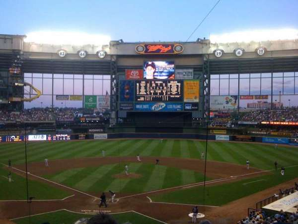 Miller Park, section: 218, row: 10, seat: 19