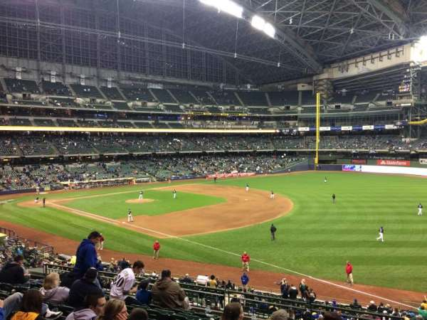 Miller Park, section: 209, row: 9, seat: 11