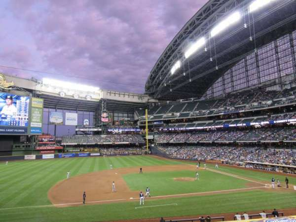 Miller Park, section: 225, row: 3, seat: 5