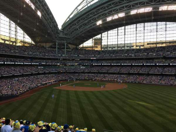 Miller Park, section: 202, row: 11, seat: 27