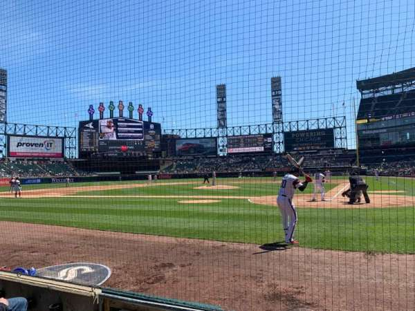 Guaranteed Rate Field, section: 135, row: 3, seat: 4
